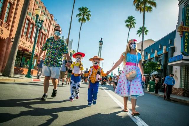 Disney confirms attendance cap remains at 35%