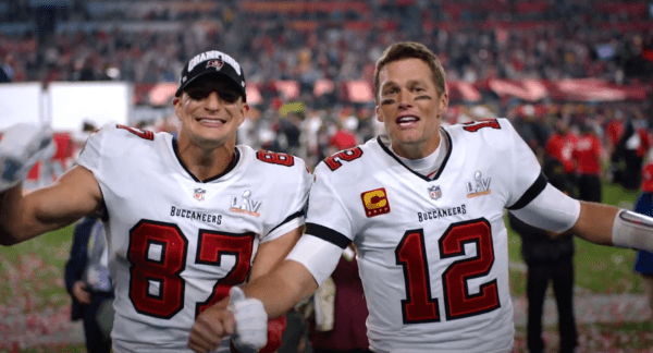 Super Bowl Heroes Tom Brady and Rob Gronkowski Appear in Iconic 'I'm Going to Disney World!' Commercial 1