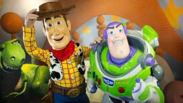 Woody Debuts With a New Look at Hong Kong Disneyland 1