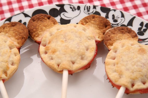 Mickey Cherry Pie Pops