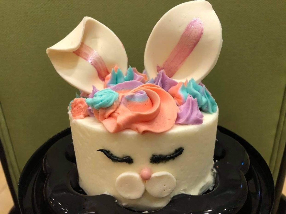 Hop down to the Grand Floridian for this Mini Bunny Cake