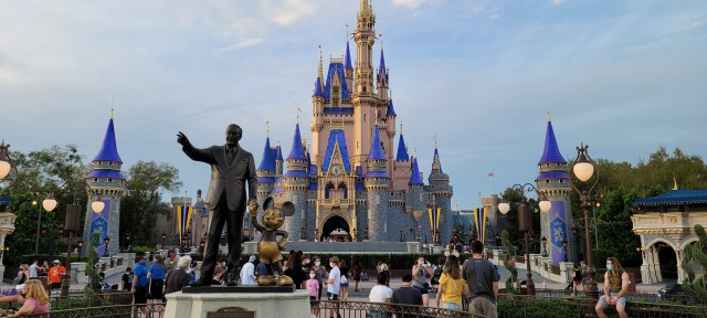 Disney World Theme Park Reservations completely booked through March 20th 1