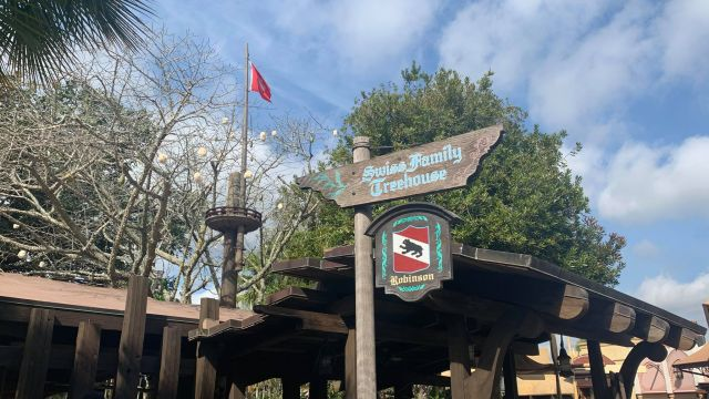 Swiss Family Treehouse Sign