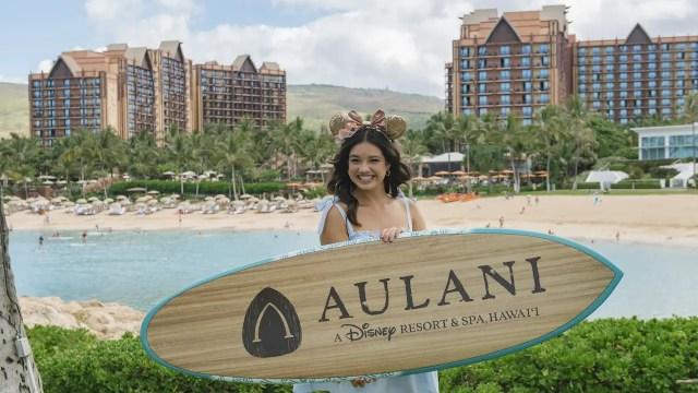 Peyton Elizabeth Lee From Disney+ Original Series, 'Doogie Kamealoha M.D.,' Visits Aulani Resort 1