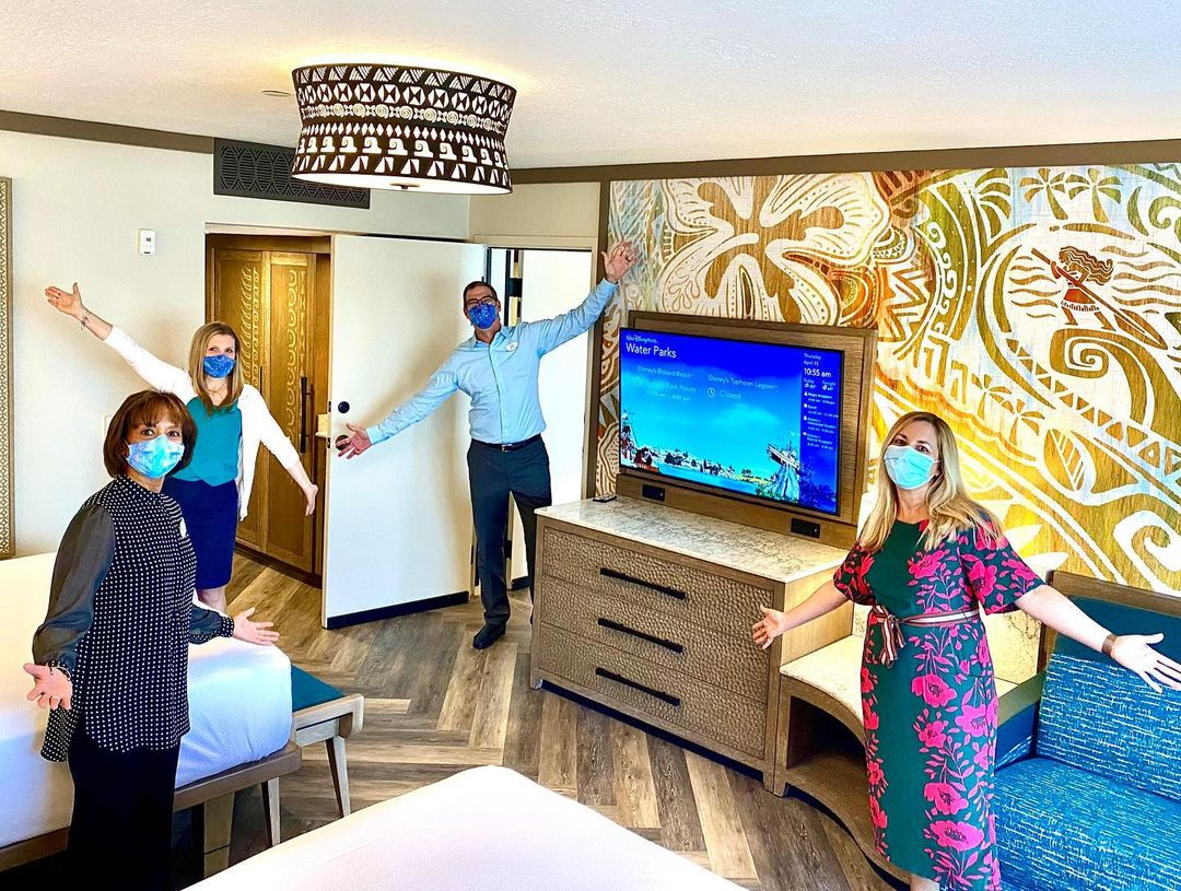 Jeff Vahle & Disney Cast Members get a sneak peek at the new Moana themed rooms