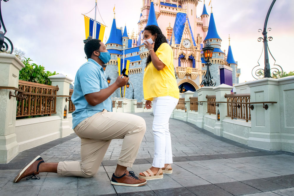Cinderella Castle Photopass Experience now Available in My Disney Experience and Online