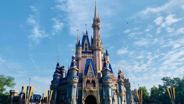 Magic Kingdom and Hollywood Studios already booked for Mother's Day 1