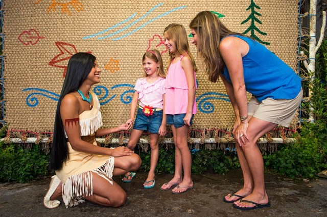 Pocahontas Meet & Greet Returns to Hong Kong Disneyland 1