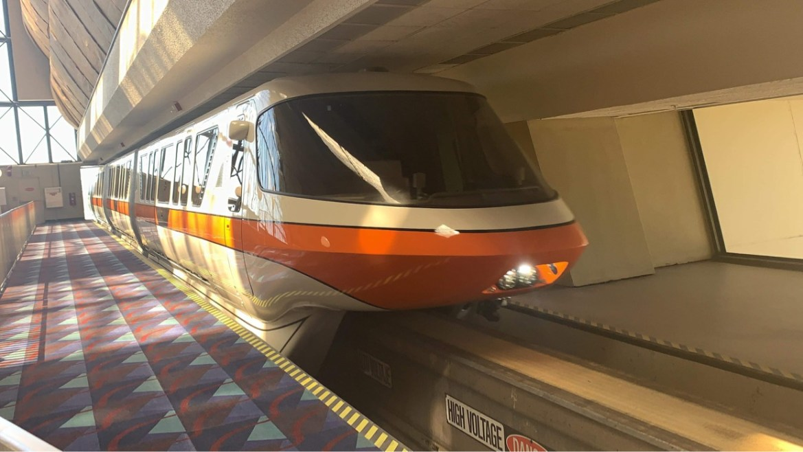 Monorail Orange returns to service at Disney World