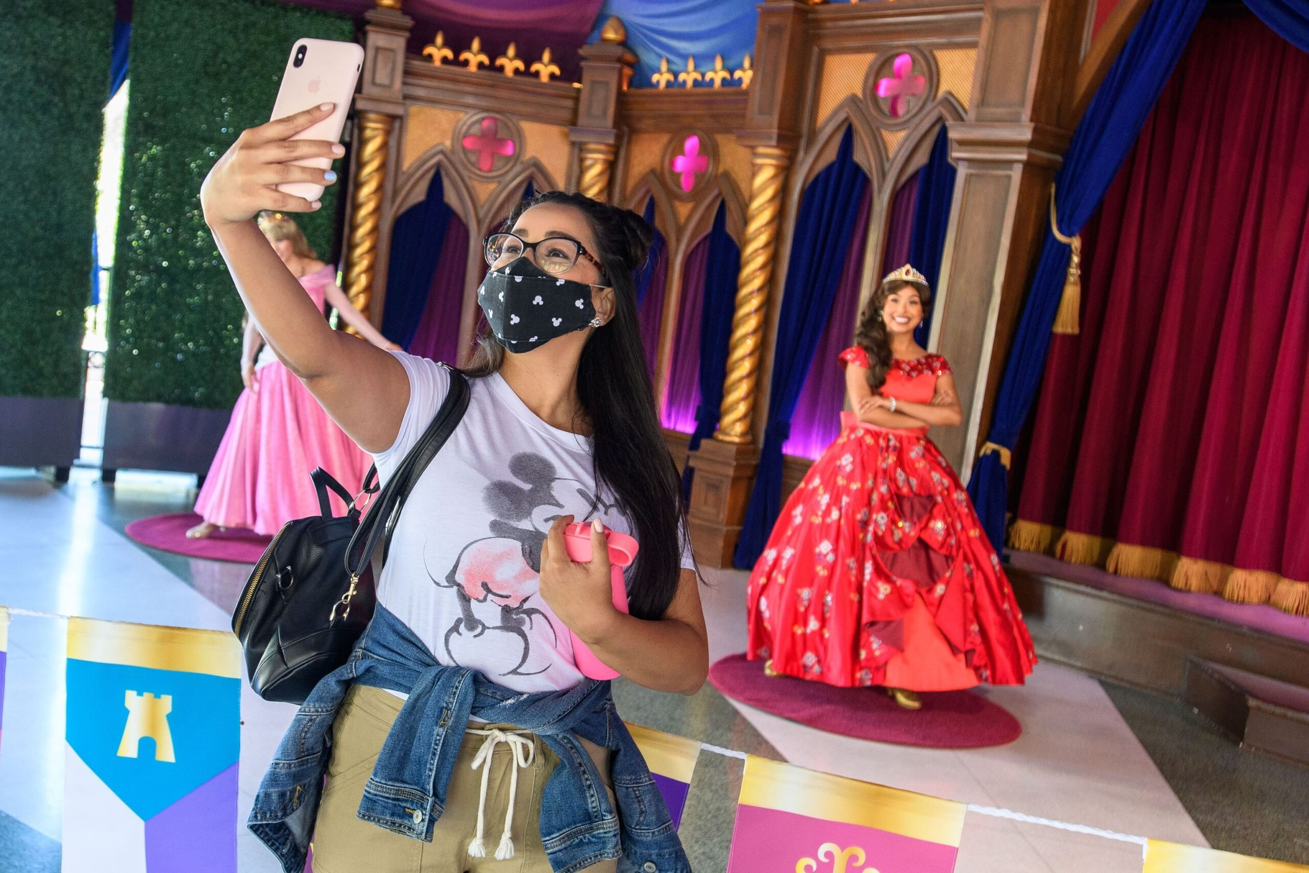 Disney characters welcome guests back to the Disneyland Resort! 4