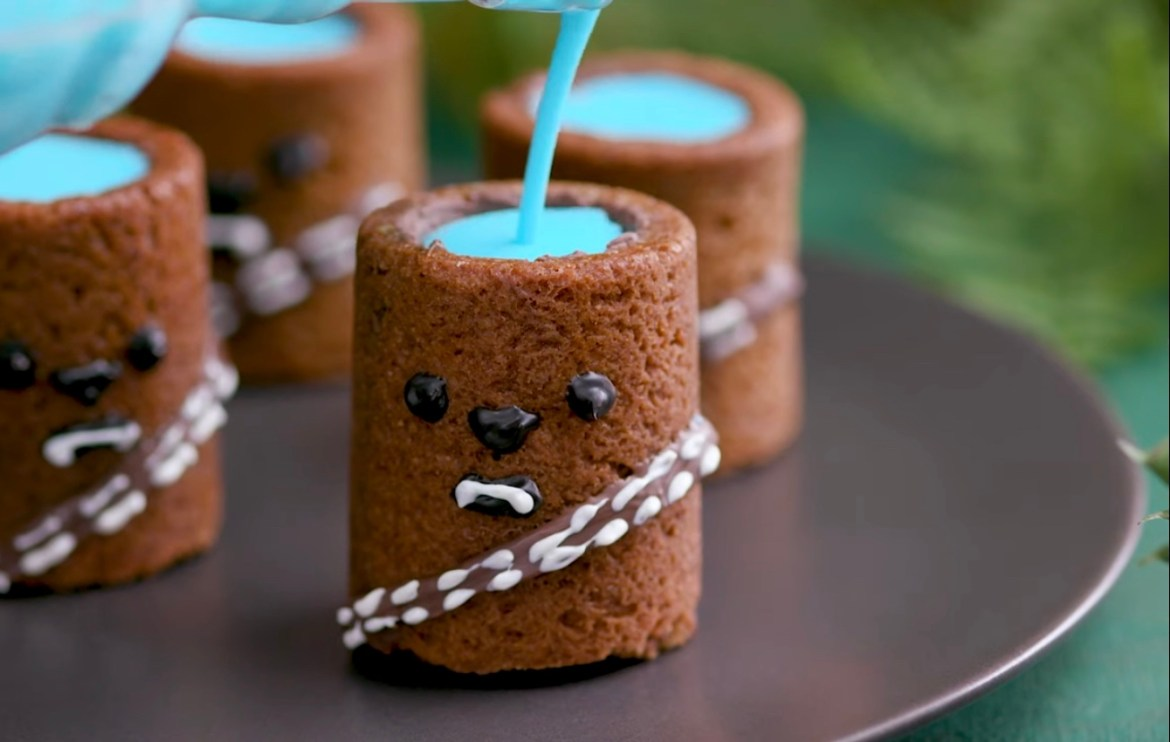 Celebrate Star Wars Day With These Wookie Cookie Cups With Blue Milk!