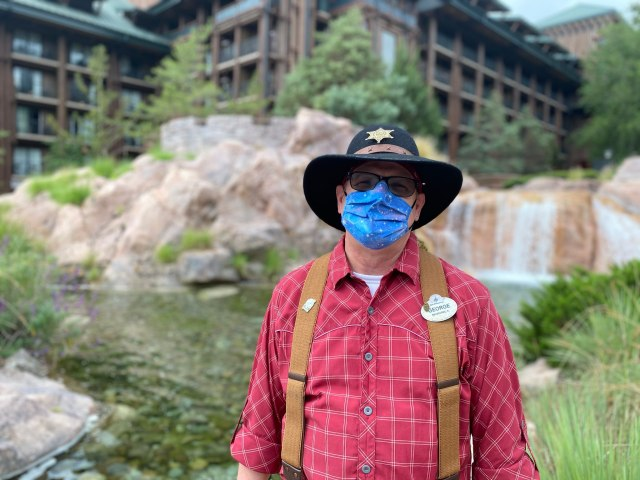 Disney Cast Members Celebrate the reopening of the Wilderness Lodge! 4