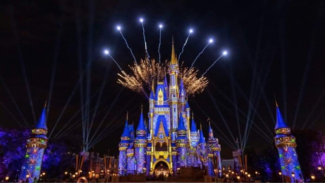 Park Passes completely gone for the first night of Happily Ever After 1