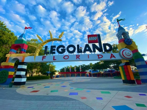 LEGOLAND entrance