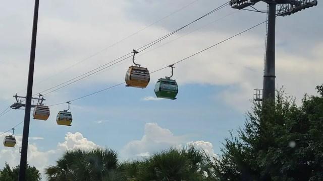 Storms shut down many Walt Disney World attractions 1