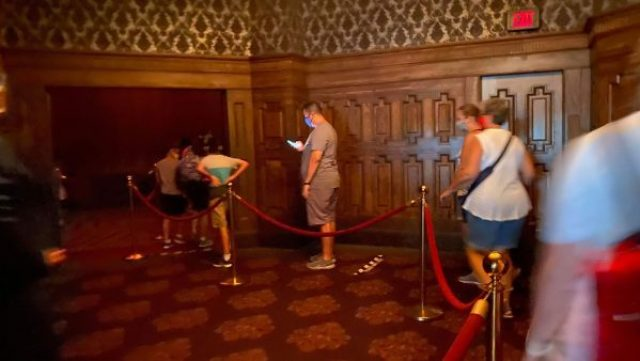 Haunted Mansion Stretching Room is back in operation! 2