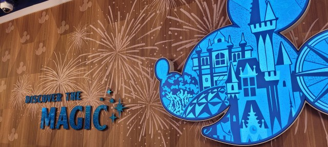 Orlando Airport to receive special Walt Disney World 50th Anniversary decorations 2