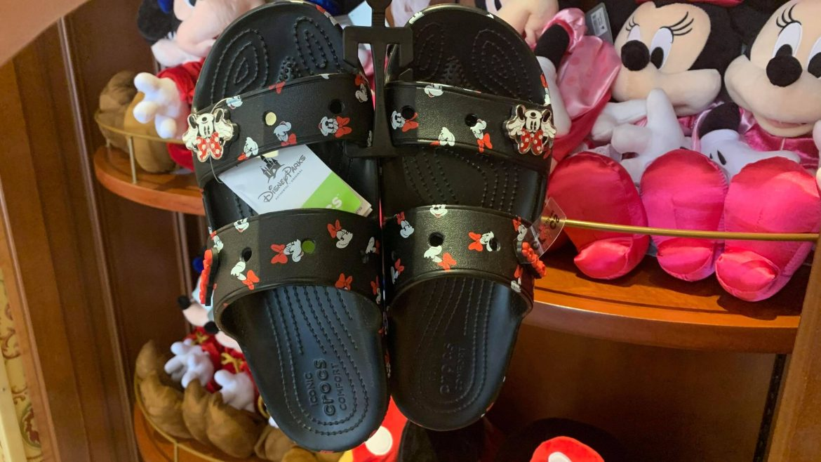 Step Into Summer With The Minnie Mouse Crocs Sandals