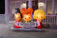 New 'Hocus Pocus' Inflatable from Home Depot is Perfect for Halloween 9