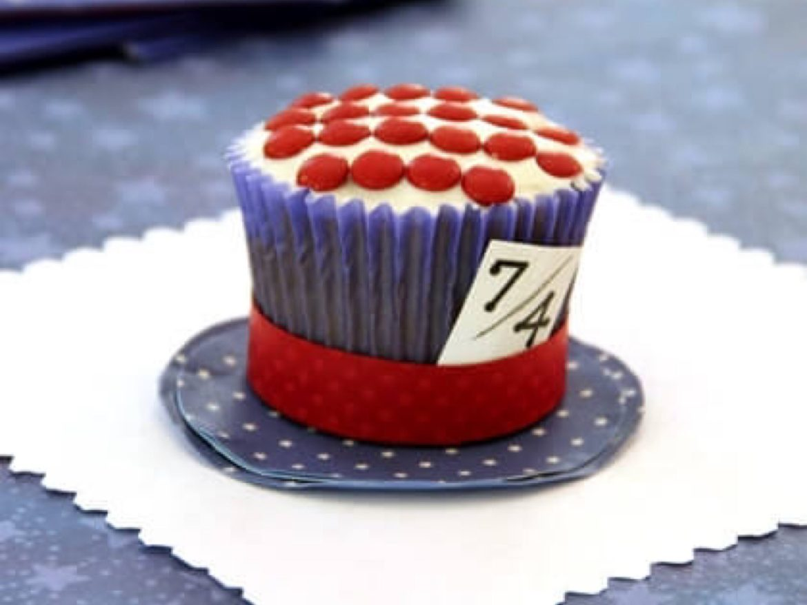 Celebrate Independence Day With These Mad Hatter's 4th Of July Cupcakes!