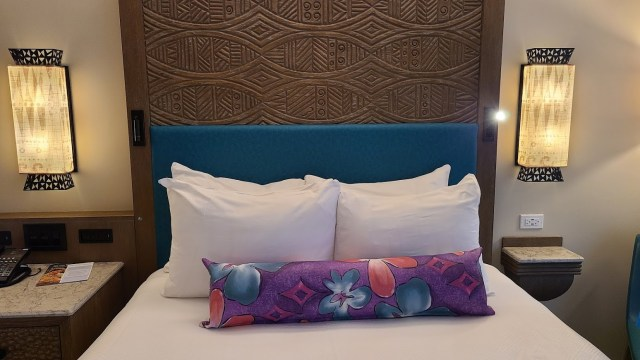 Take a tour of the new Moana Themed Rooms at Disney's Polynesian Resort 6