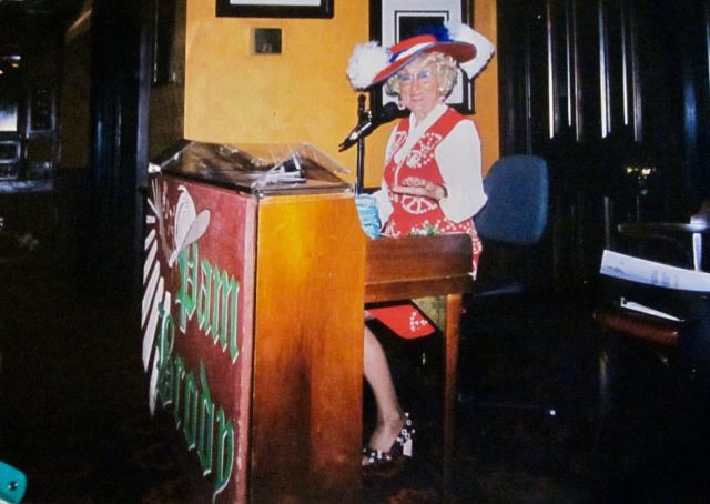 Former Epcot Pub Singer Pam Brody has passed away 2