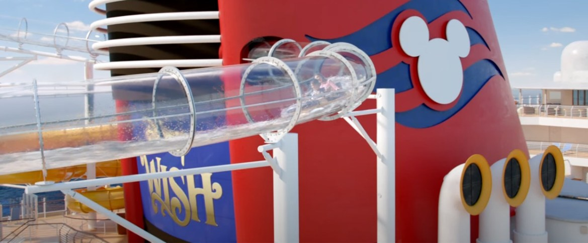 Disney gives us a more detailed look at the AquaMouse on the Disney Wish