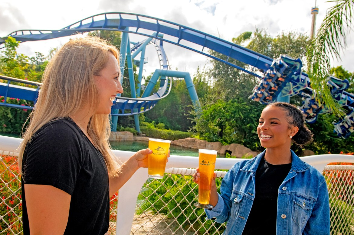 CELEBRATE THE LAST BLAST OF SUMMER AT SEAWORLD WITH THE 2022 FUN CARD AND GET THE REST OF 2021 INCLUDED