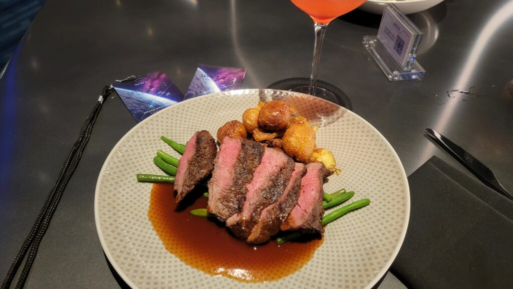 Dining Review of Epcot's Space 220 Restaurant 5
