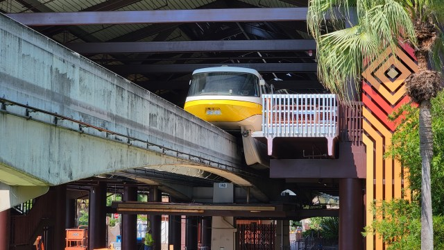 Disney's Polynesian Resort Monorail Station is now in operation 1