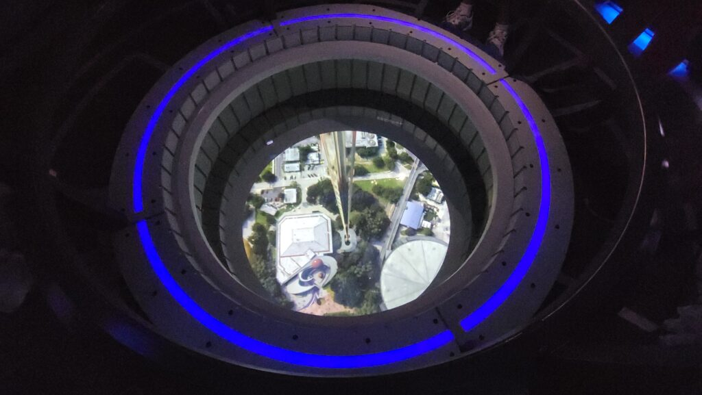 Dining Review of Epcot's Space 220 Restaurant 3