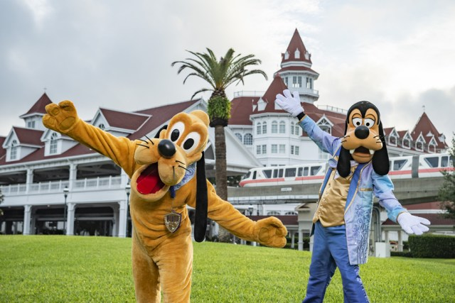 Extra Pixie Dust for guests staying on property for Disney World 50th Anniversary 1
