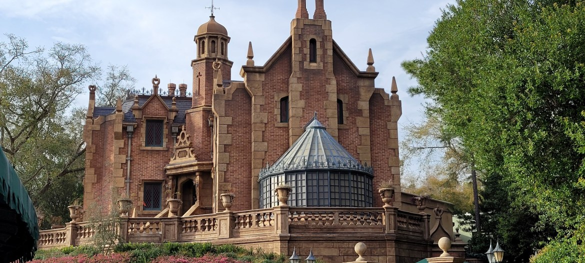 Haunted Mansion to undergo General Construction according to new permit