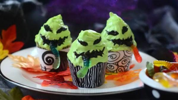 Oogie Boogie Gummy Worm Cupcakes