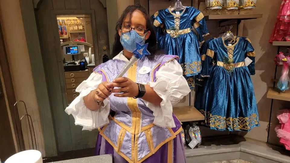 Make Disney Magic with the 50th Anniversary Magic Wand 1