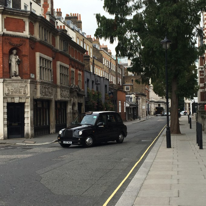 London Taxi (photo credit jodie holton)