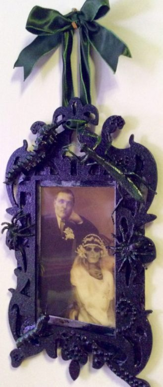 creepy Halloween bug frame by Suzanne Forbes 2016