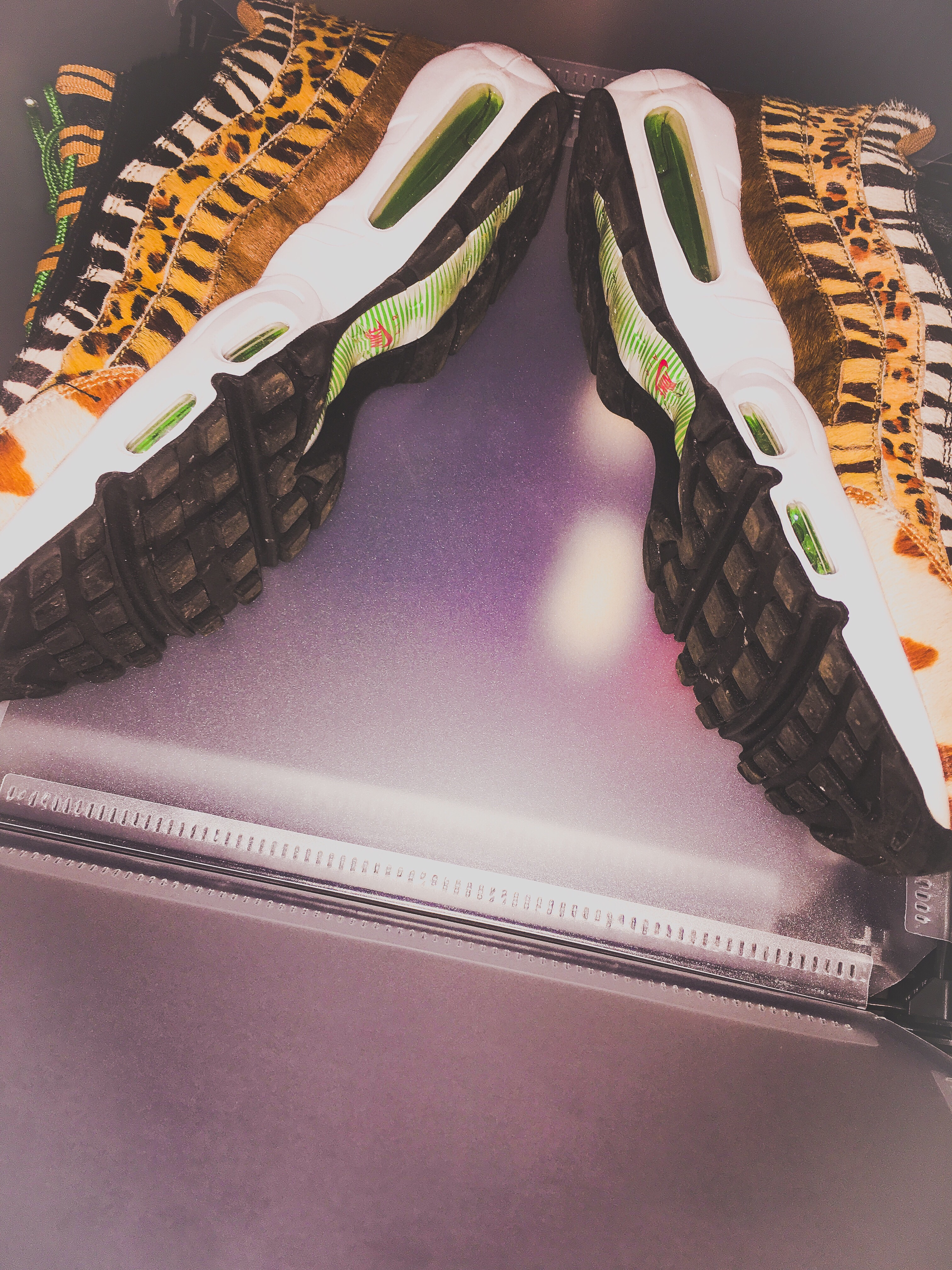 """Review: Atmos x Nike Air Max 95 """"Animal Pack 2018"""" CHIP"""