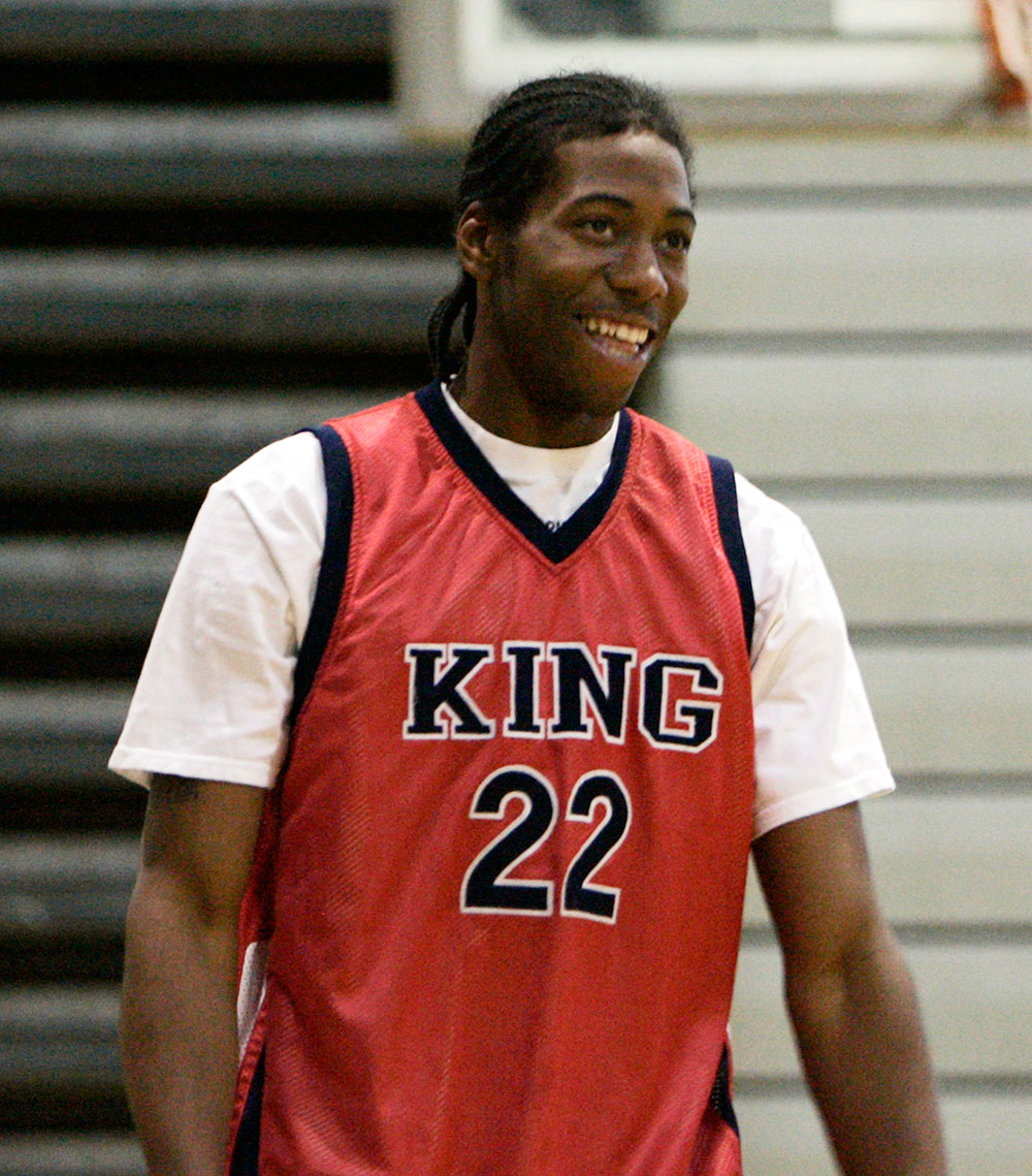 Big-Read-Kawhi-Leonard-highschool
