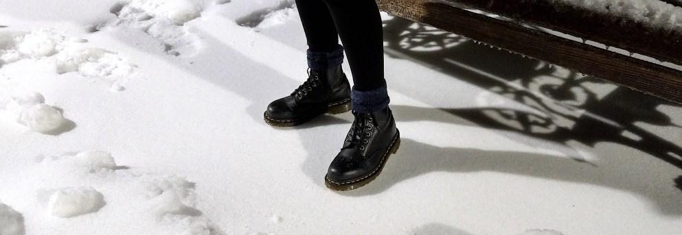 Dr. Marten's ×【純素版】防水防滑的經典款馬丁靴