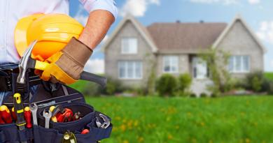 summer house maintenance tools for electricians