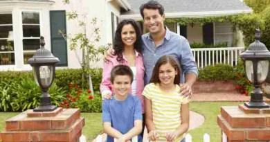 depositphotos 11884471 stock photo hispanic family outside home Balance Between Work and Personal Life