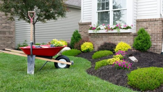 why you should start your landscaping in spring 848x480 1 best landscaping company
