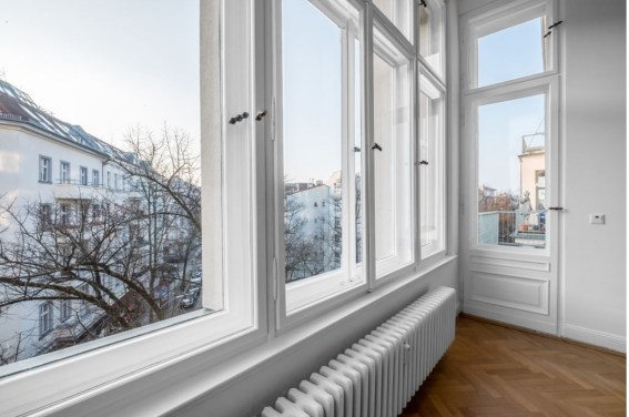 PictucSASg 1 Tempered Glass Window