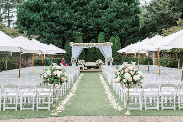 Outdoor Wedding Ceremony Design Indian Fusion Wedding Planned by K Scott Weddings Rebekah and Grace Outdoor Wedding ideas