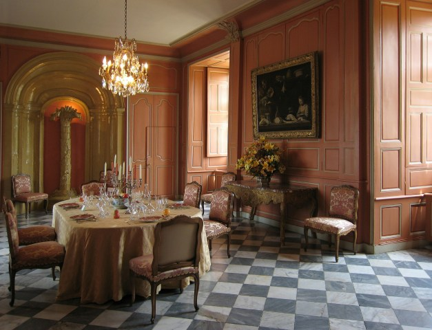 Victorian style interior design