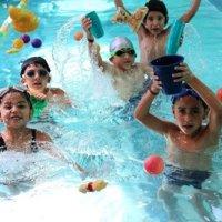 Cursos de Natación Quito: Splash Nadar y Jugar.