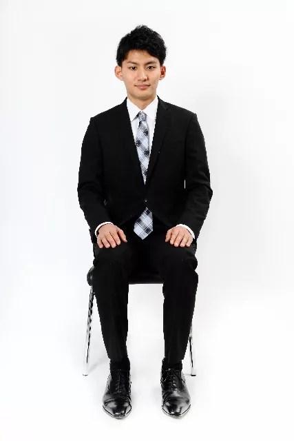 腰痛を防ぐ正しい座り方