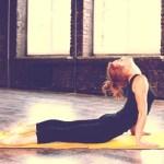 腰痛を解消するには腰を反らすのが良いの?悪いの? 金沢市有松にあるカイロプラクティックFix