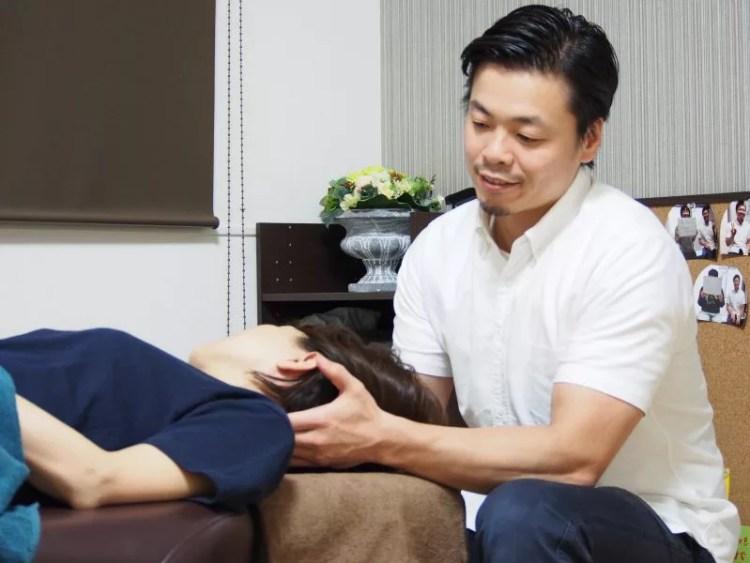 首や肩の凝りをやわらげ頭痛の改善をする